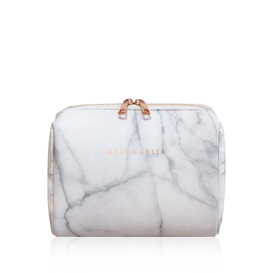 SIGNATURE MARBLE POUCH